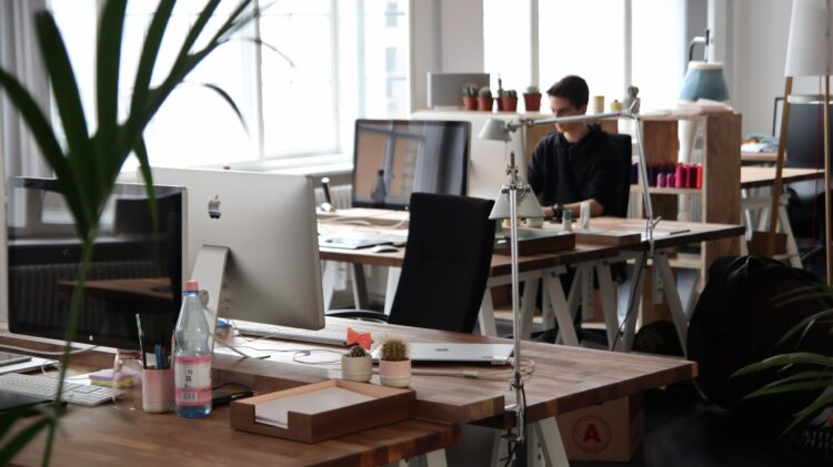 Which Office Space is Better: Cubicles or Open Concept?